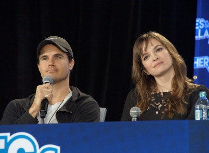 The Cast of Arrow, The Flash and Once Upon A Time Attend Hereos and Villains Fan Fest (Part One)