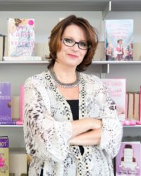 Meg Cabot, best selling author of The Princess Diaries, the Mediator Series